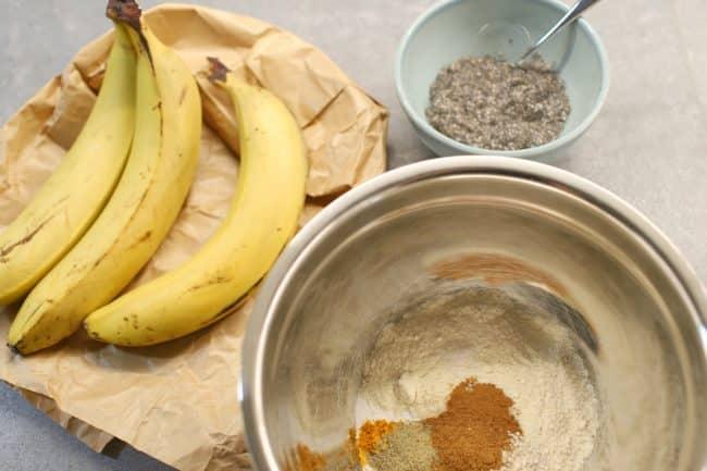 banaanileipä vegaaninen sokeriton ei kananmunaa